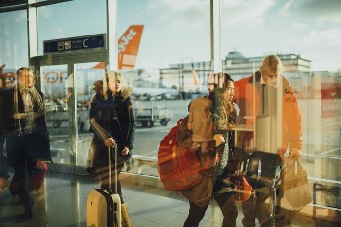 Partenza in aereo con zaino porta pc o trolley